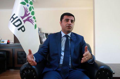 Kurdenpolitiker Demirtas bleibt in Haft