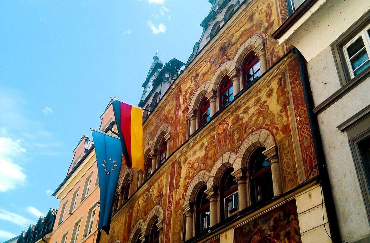 Wer sitzt künftig als Oberbürgermeiser im Konstanzer Rathaus? Foto: Stadt Konstanz