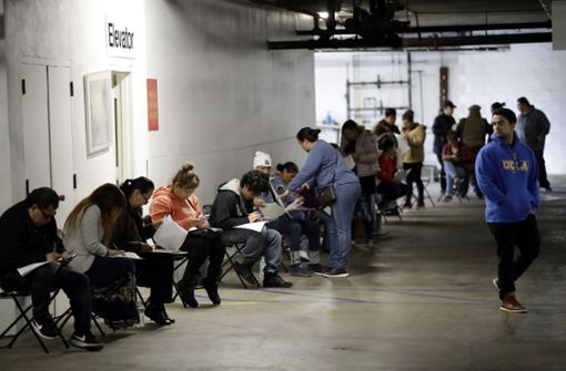 Mehr als 6 Millionen neue Arbeitslose in einer Woche