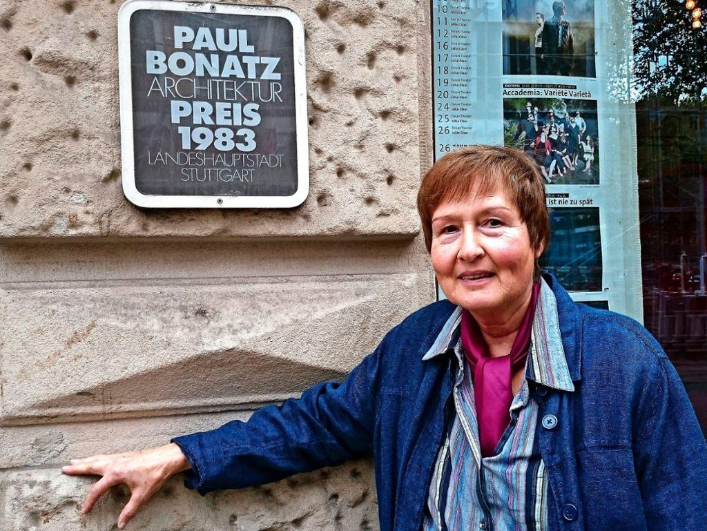 Ingrid Lotze, heute Geschäftsführerin des Forum 3, war fast von Anfang an dabei, als die kulturelle Institution in Stuttgart gegründet wurde.  Foto: Gabriele Metsker