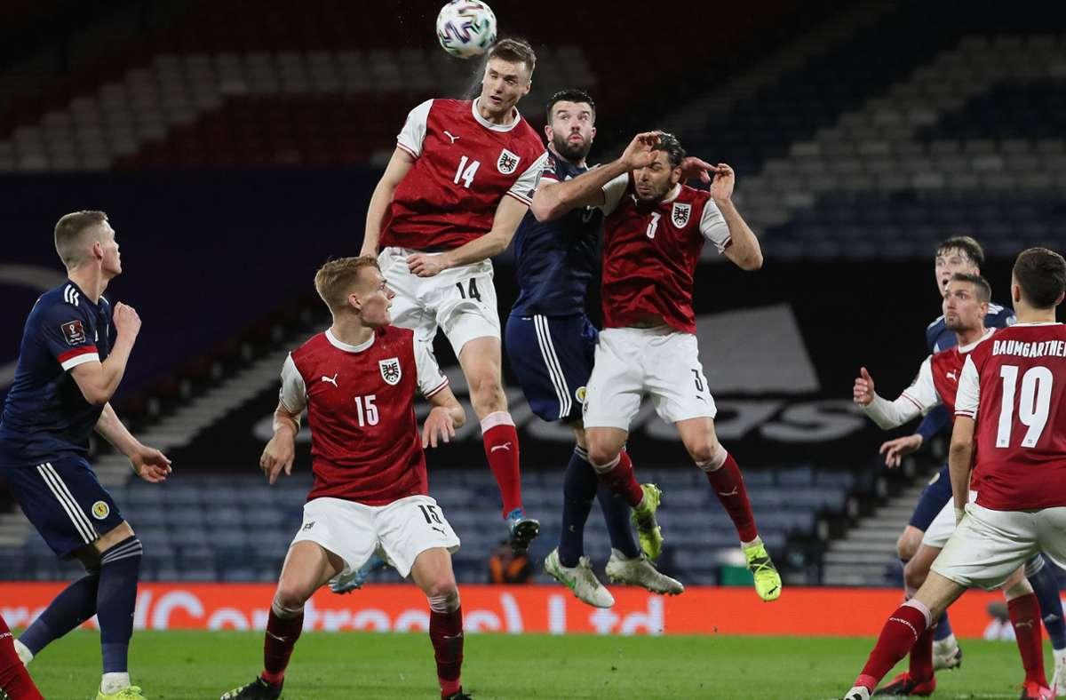 Steigt am höchsten: VfB-Stürmer Sasa Kalajdzic. Foto: dpa/Jane Barlow