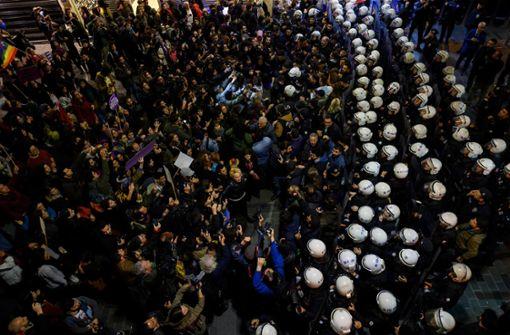 Türkische Polizei schießt mit Plastikkugeln auf Protestler