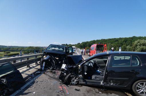 Schwerer Verkehrsunfall mit Verletzten auf B 312