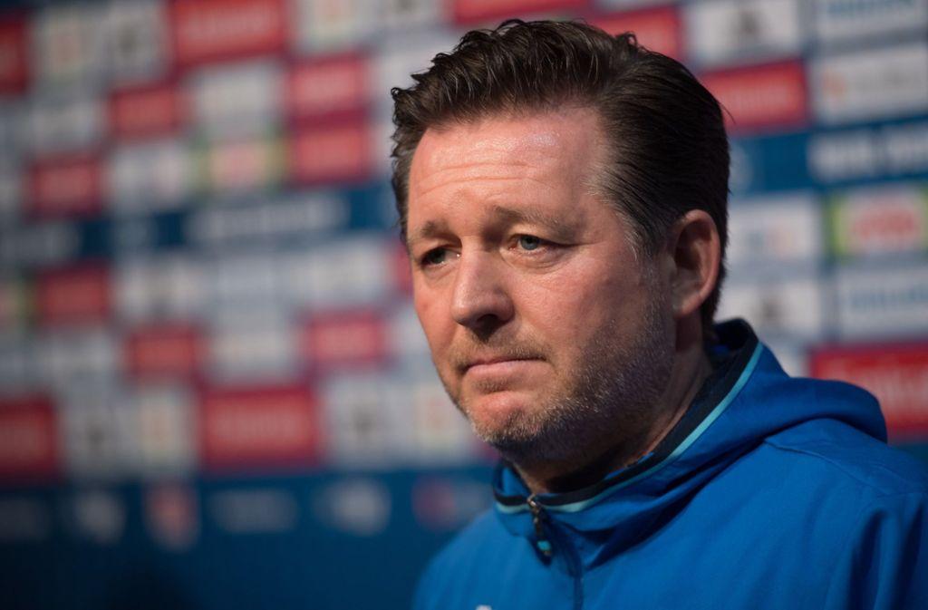 HSV-Coach Christian Titz vor dem Spiel gegen den VfB Stuttgart. Foto: dpa