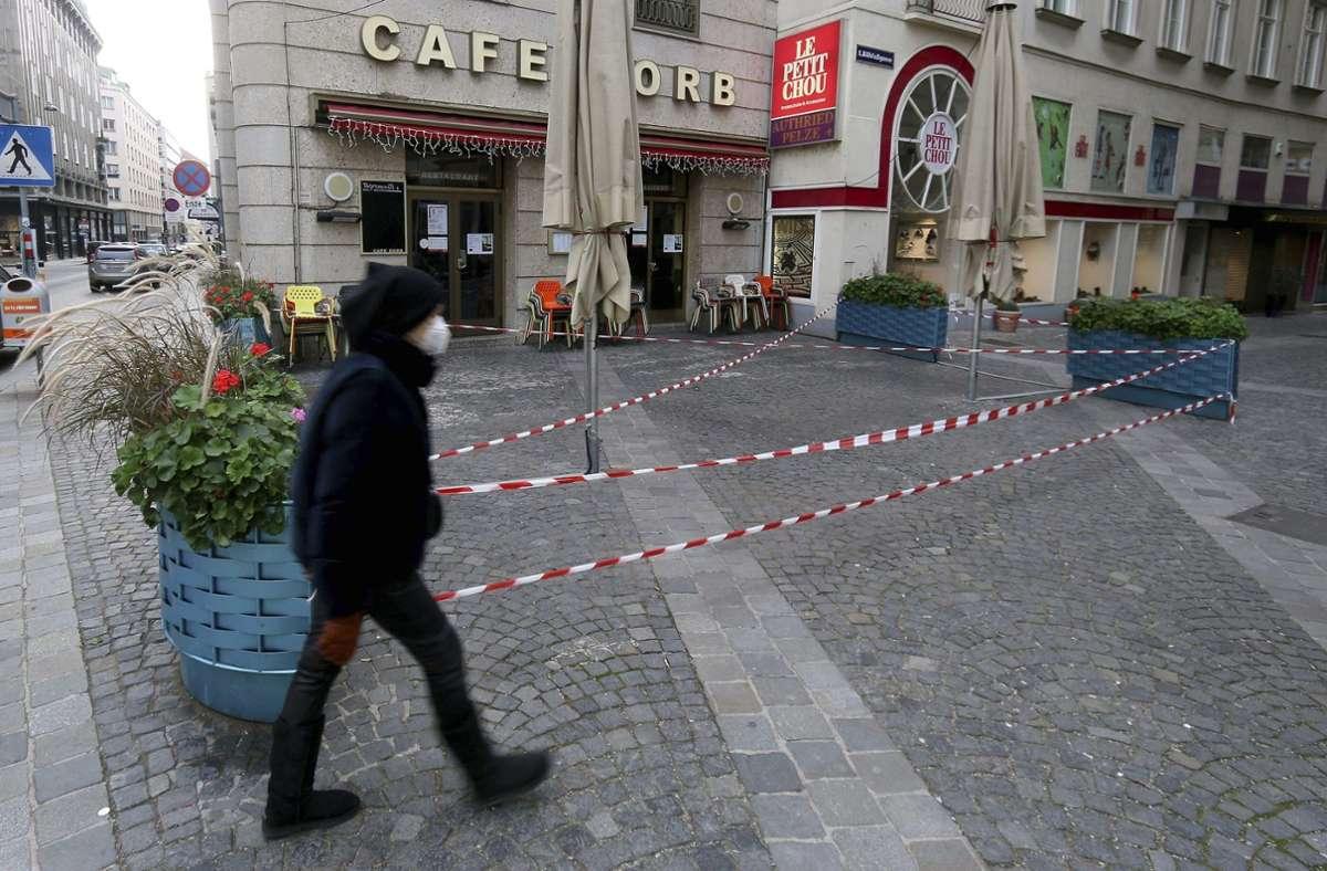 In Wien beginnt in der kommende Woche eine Corona-Massentestung. (Symbolbild) Foto: dpa/Ronald Zak