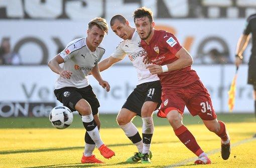 Stuttgart müht sich zum zweiten Saisonsieg
