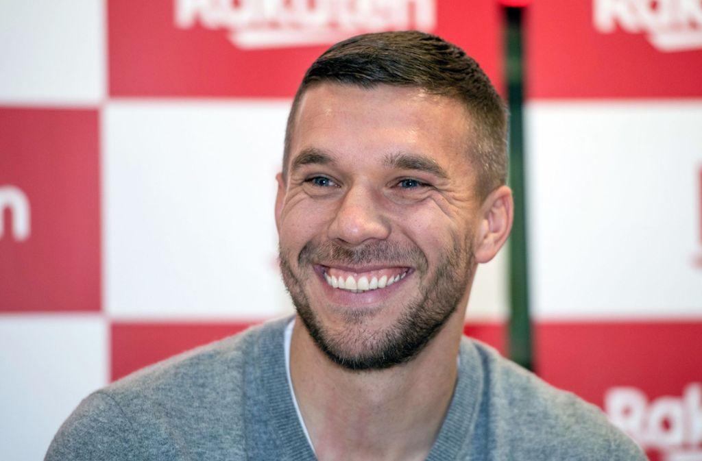 Luks Podolski sorgt mit dem Posting in den sozialen Medien für Diskussionen. Foto: dpa/Bernd Thissen