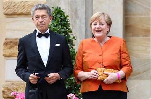 Angela Merkel setzt auf Orange