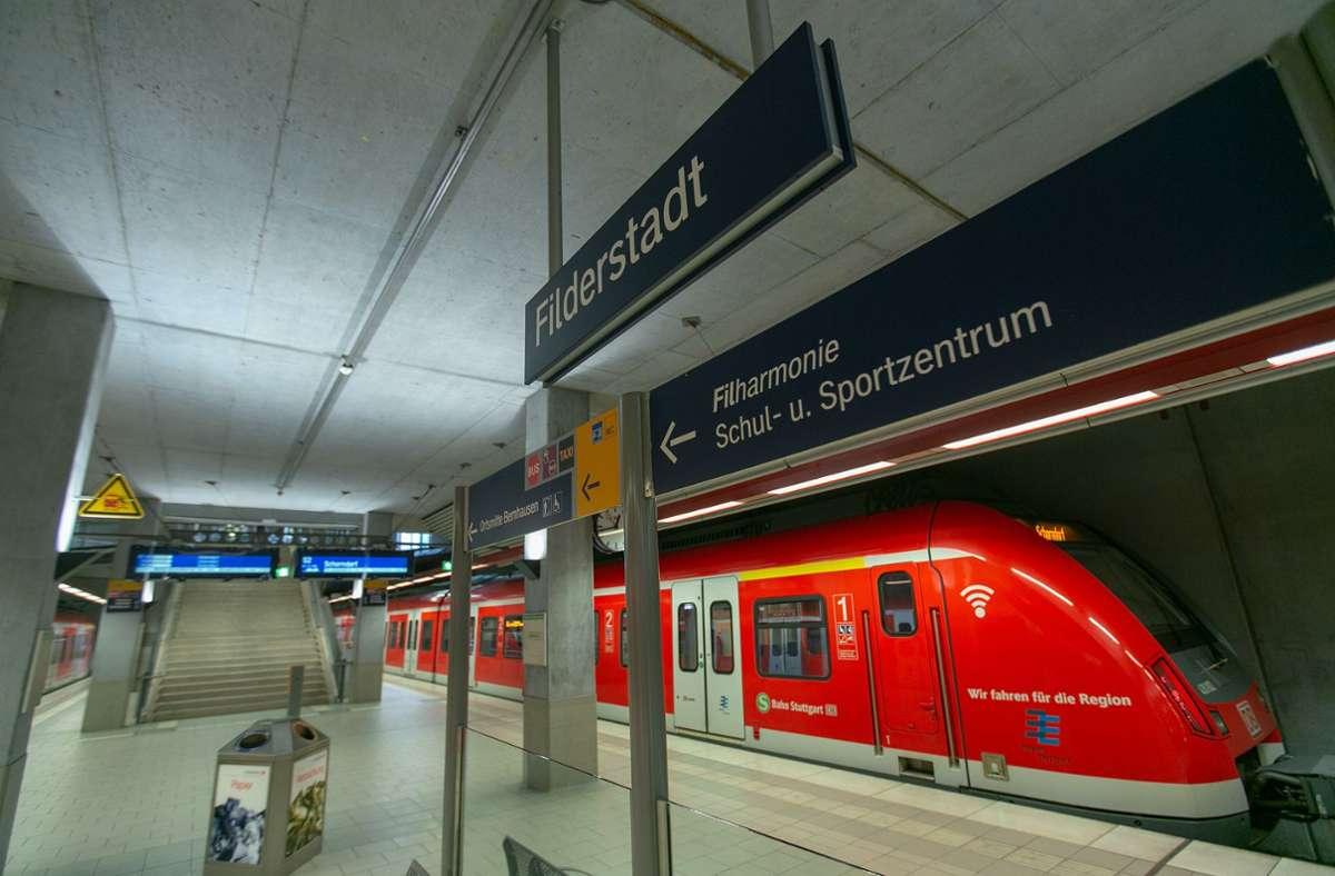 Der Takt der S-Bahn nach Filderstadt soll ausgeweitet werden. Foto: Archiv/Roberto Bulgrin