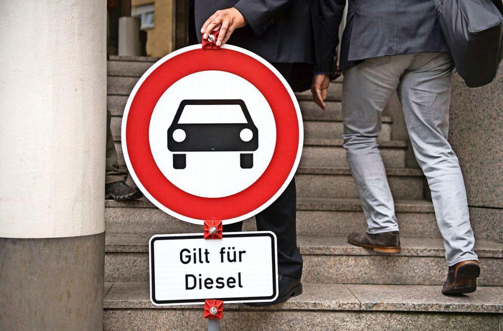 Das Dieselfahrverbot gilt für ganz Stuttgart, betroffen sind auch  die Menschen in den umliegenden Gemeinden. Dabei  ist die Schadstoffbelastung in der Luft etwa auf der Filderebene völlig in Ordnung. Foto: dpa