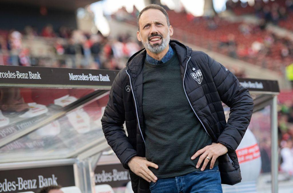 VfB-Trainer Pellegrino Matarazzo zeigt sich vor der Partie entspannt. Foto: dpa