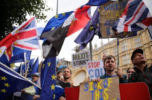 Schnell jetzt – Rebellen wollen Gesetz gegen No-Deal-Brexit