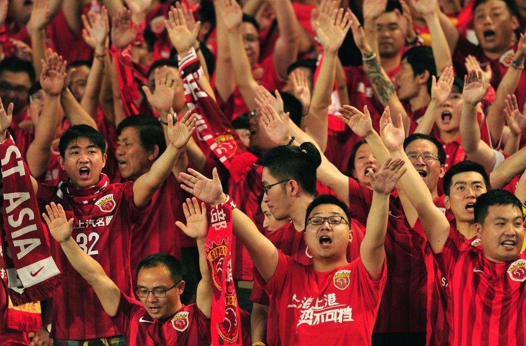 Sieht es so bald auf den Zuschauerrängen in der Regionalliga Südwest aus? Offenbar spielt schon in der kommenden Saison die U20 aus China mit. Foto: AFP