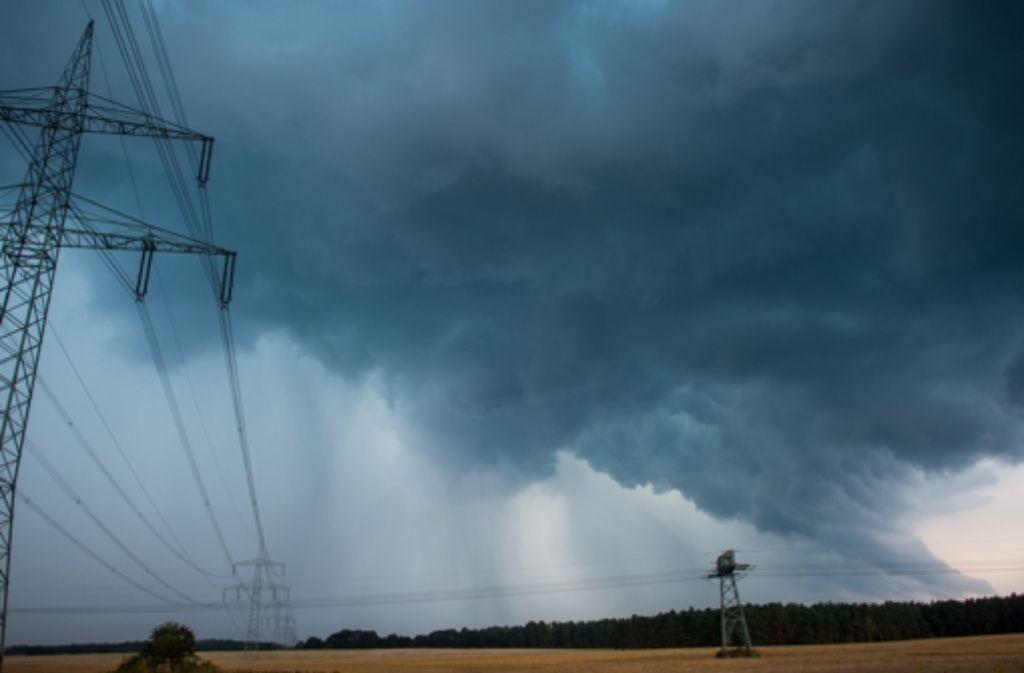 Über Deutschland haben sich in den vergangenen Tagen große Mengen Regen ergossen. Laut dem DWD ist eine neue Hitzewelle aber durchaus denkbar. Foto: dpa-Zentralbild