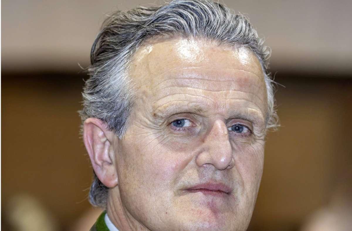Der OB-Kandidat der CDU, Frank Nopper, wird durch die Kreispartei und einen eigens gegründeten Verein    unterstützt. Foto: imago/Arnulf Hettrich