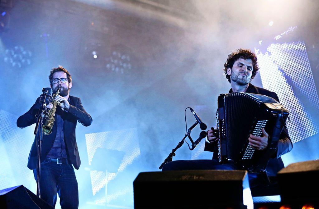 Der Saxophonist  Emile Parisien  und Vincent Peirani mit dem Akkordeon gastieren am 2. Juli auf dem Otilia-Frech-Platz vor dem Großen Haus in Schmiden. Foto: Gilles Gustine