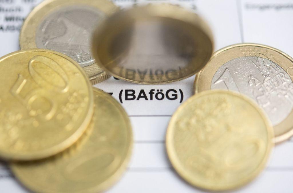 Rund 499 Euro BaföG bekamen Studenten im Durchschnitt 2017 pro Monat. Foto: dpa-tmn