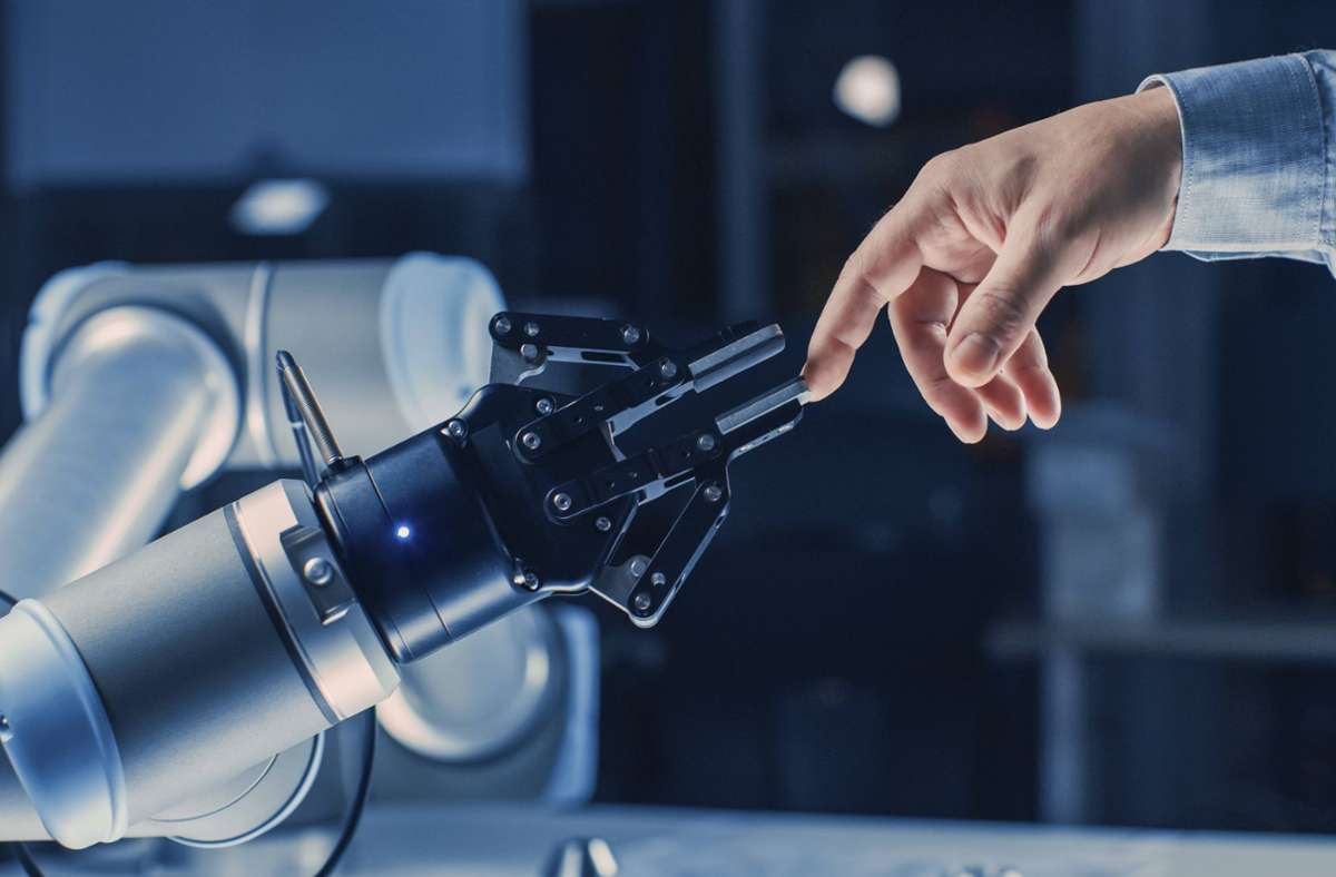 Wie leben Mensch und Maschine zusammen? Foto: imago images/Science Photo Library