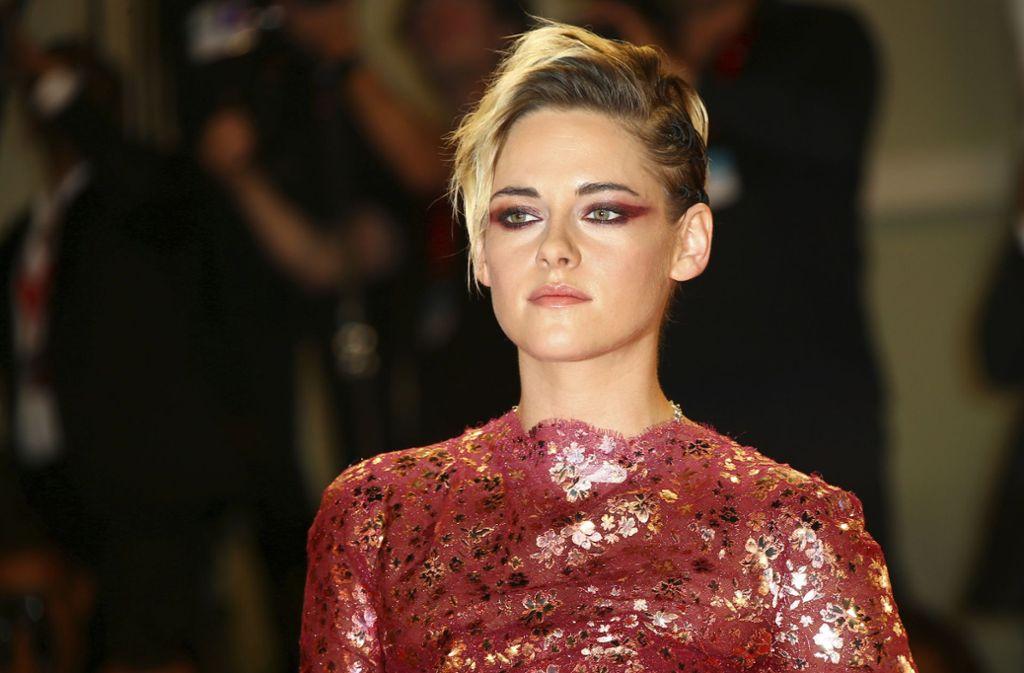"""Kristen Stewart vergangenen Freitag bei der Premiere des Films """"Seberg"""". Foto: dpa"""