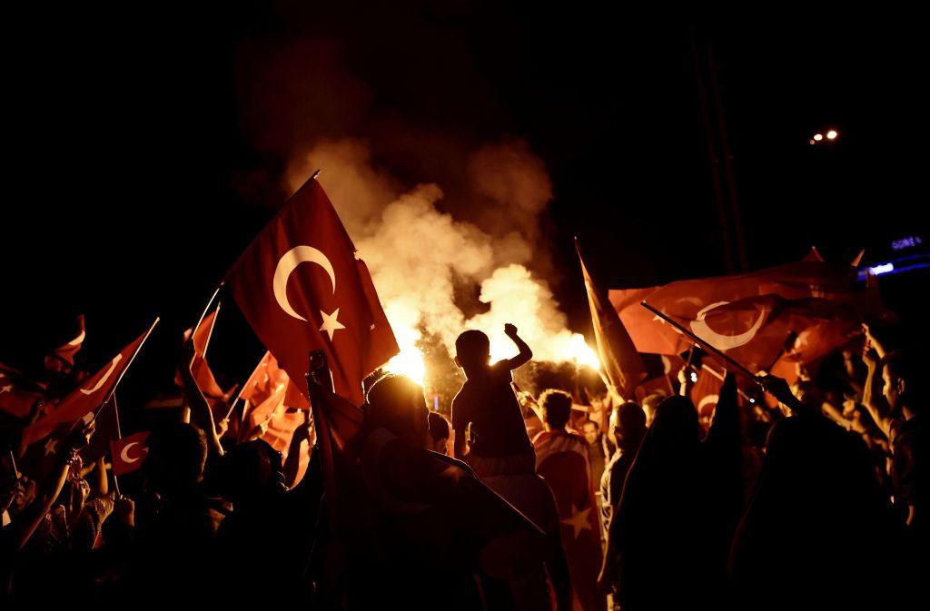 Im ersten Urteil zu dem Putschversuch in der Türkei sind zwei Soldaten zu lebenslanger Haft verurteilt worden. Foto: Archiv/AFP