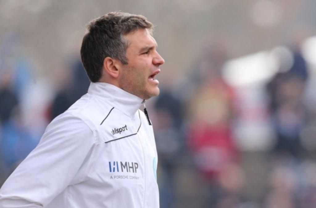 Kickers-Trainer Tomislav Stipic warnt vor Zufriedenheit. Foto: Baumann