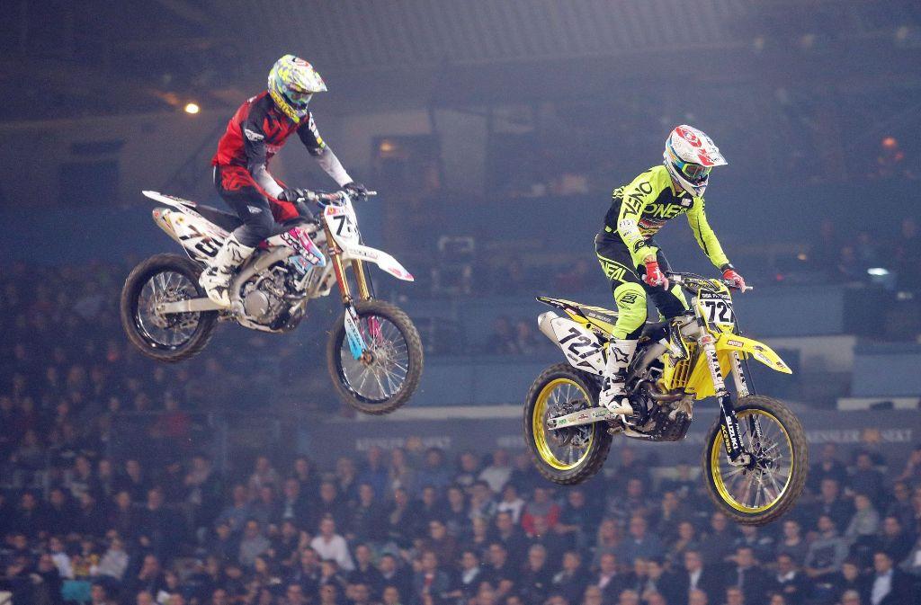 Supercross – das jährliche Spektakel in der Schleyerhalle. Foto: Baumann