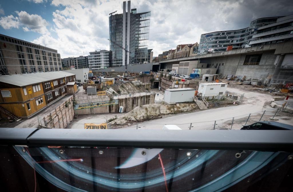 Hier ist noch Platz für ein weiteres Hochhaus. Der Baukonzern Strabag wird es erstellen. Foto: Lichtgut/Achim Zweygarth