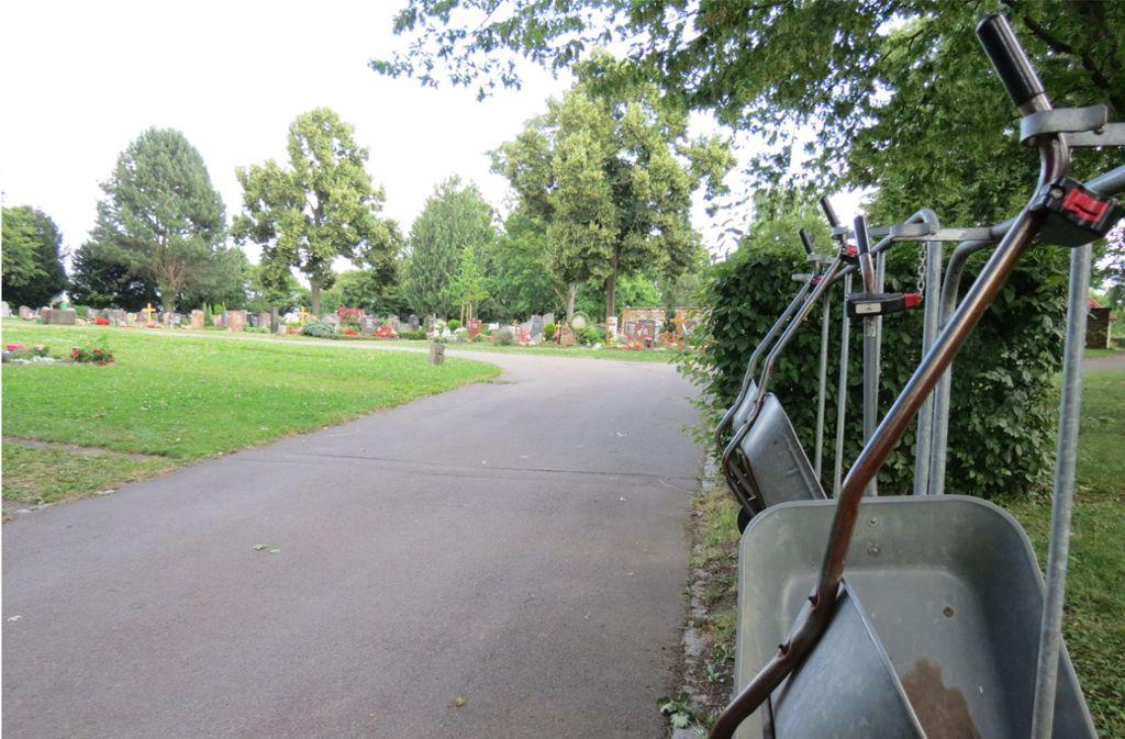 Wächst der Friedhof in Stuttgart-Plieningen noch? Oder könnte die Erweiterungsfläche anderweitig verwendet werden? Foto: Archiv Sägesser