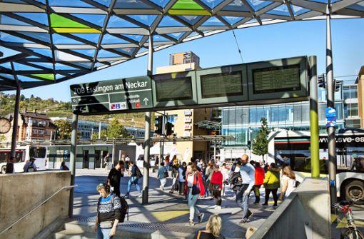 Stadt will den  Bahnhofsvorplatz stärker kontrollieren
