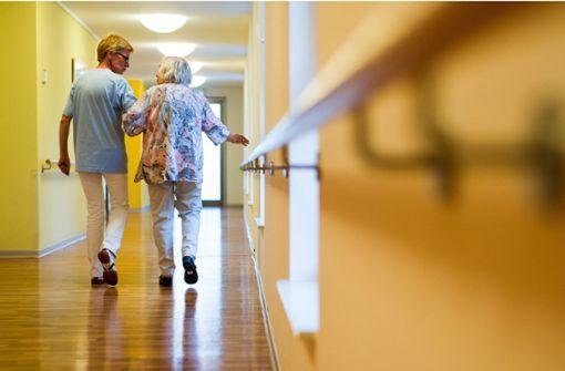 Flächentarif für die Altenpflege fest im Visier