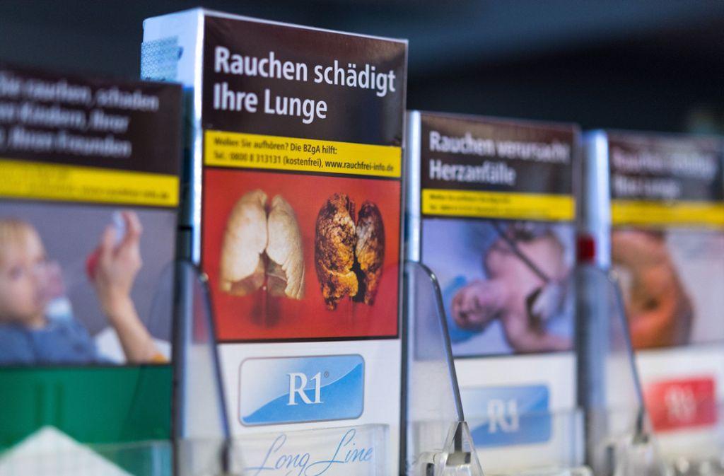 Rauchen ist gesundheitsschädlich und sorgt mit wachsender Dauer der Sucht für erhebliche Probleme. Foto: dpa