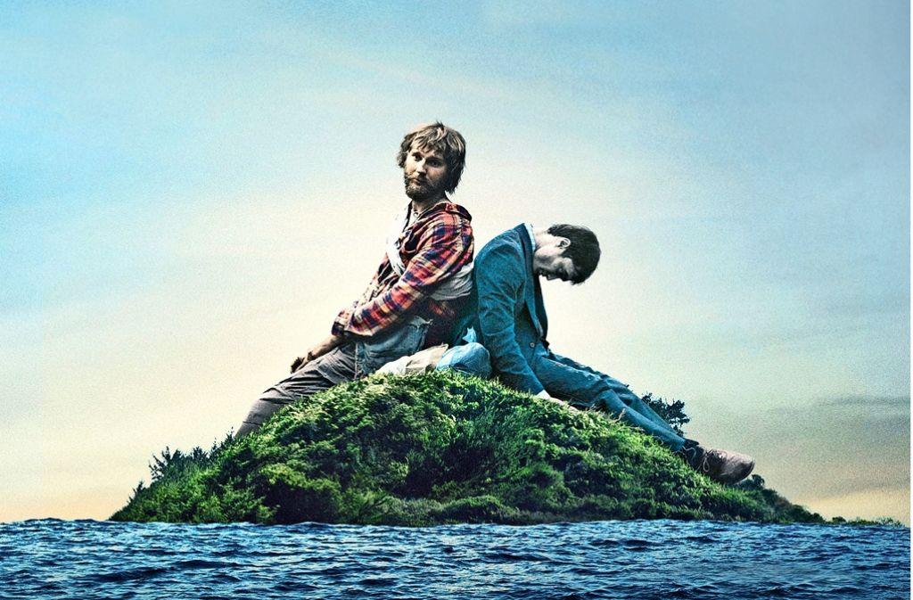 """In """"Swiss Army Man"""" nutzt ein Schiffbrüchiger (Paul Dano, l.) eine angeschwemmte Leiche (Daniel Radcliffe) als Instrument zu seiner Rettung. Foto: Fantasy Filmfest"""
