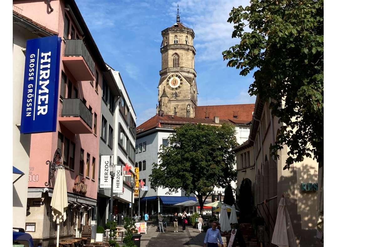 Ständig High Noon: Die Turmuhr der Stiftskirche will nicht mehr. Foto: Haar