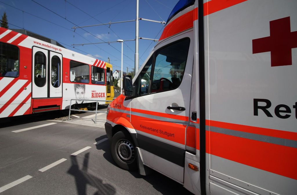 An der Haltestelle Wallgraben in Vaihingen hat eine Fußgängerin eine Stadtbahn übersehen. Foto: 7aktuell.de/David Skiba