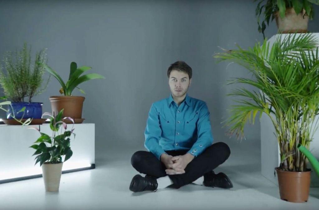 The Tremolettes fassen in ihrem neuen Album Grünpflanzen an. Weitere Video-Stills gibts in der Bilderstrecke. Foto: Youtube / Screenshot