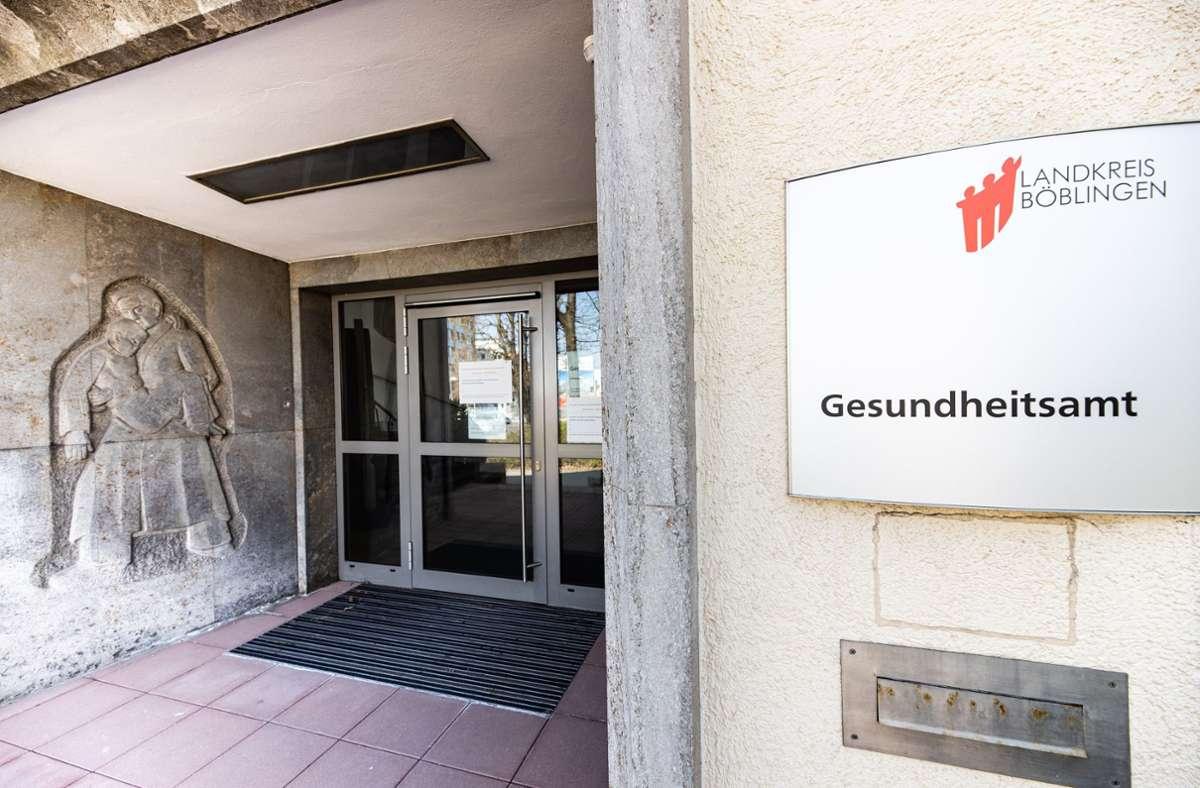 Die Nutzung der App soll dem Gesundheitsamt in Böblingen im Falle von Ansteckungen die Kontaktnachverfolgung erleichtern Foto: Stefanie Schlecht