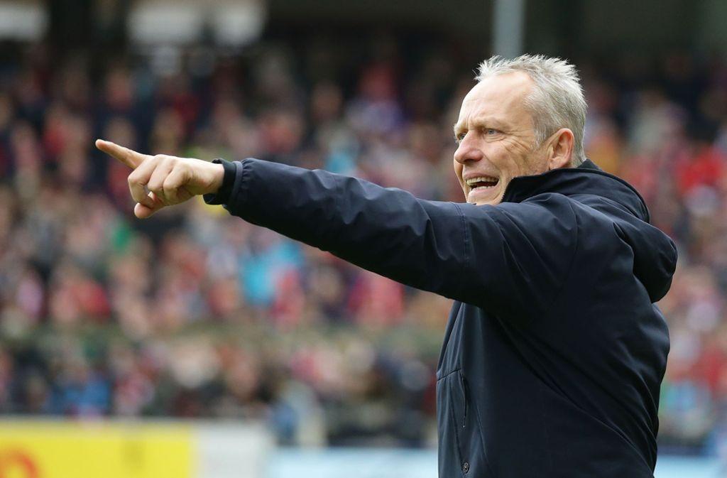 Der Mann, der in Freiburg die Richtung vorgibt: Trainer Christian Streich Foto: Baumann