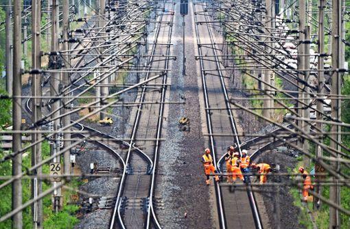 Bahn beginnt Bau-Marathon auf ICE-Strecken