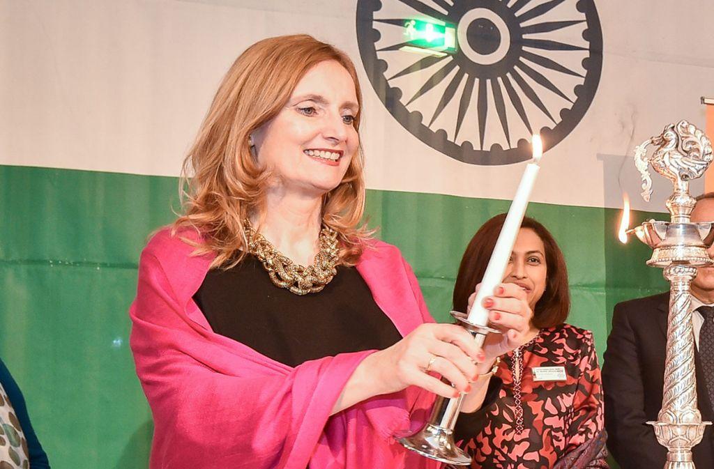 Isabel Fezer ist seit 2010 Bürgermeisterin in Stuttgart. Auf dem Foto ist sie beim Indischen Nationalfeiertag in diesem Frühjahr zu sehen.Foto: Lichtgut/Ferdinando Iannone Foto: