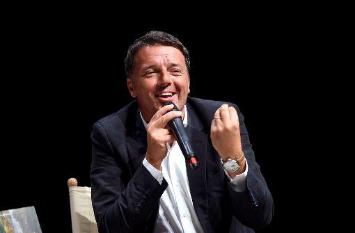 """Matteo Renzi stellt in Mailand sein Buch """"Avanti"""" vor. Echte Konzepte fehlen auch darin. Foto: Getty Images Europe"""