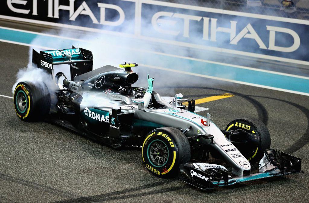 Mercedes braucht einen neuen Fahrer für seinen Boliden – und es wird wild spekuliert, wer das Steuer von Nico Rosberg übernehmen könnte. Foto: Getty Images