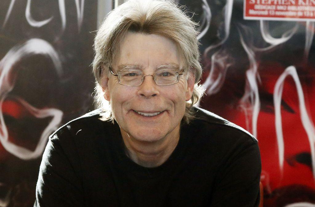 Kann sich ein Grinsen nicht verkneifen: der Horror-Autor Stephen King. Foto: AP