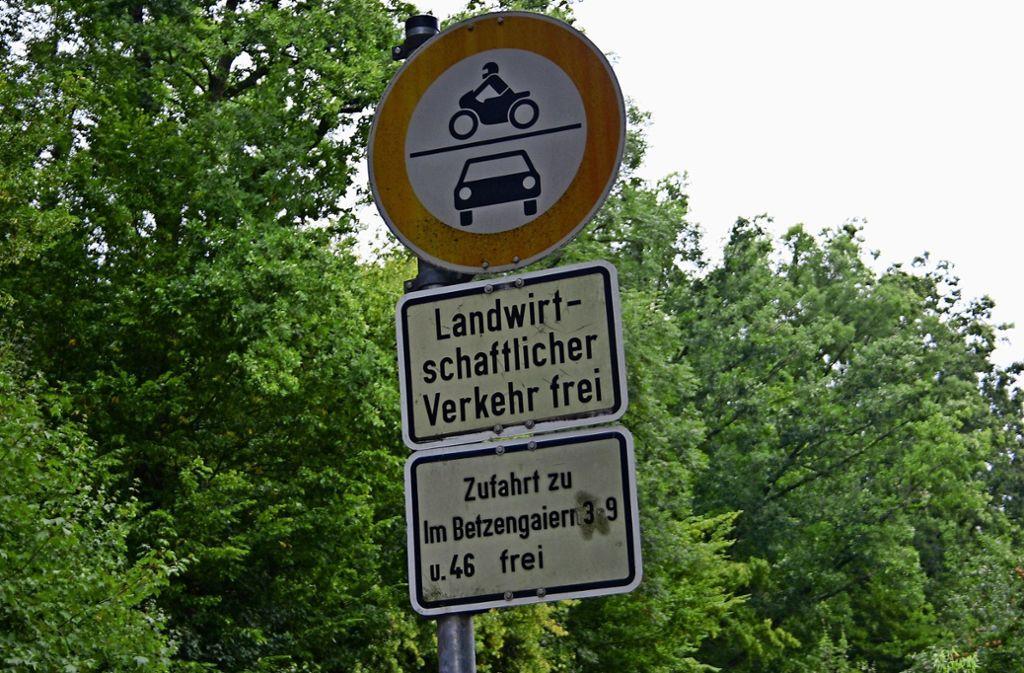 Solche Schilder – wie hier in Sonnenberg – beeindrucken nicht jeden. Foto: Archiv Kai Müller