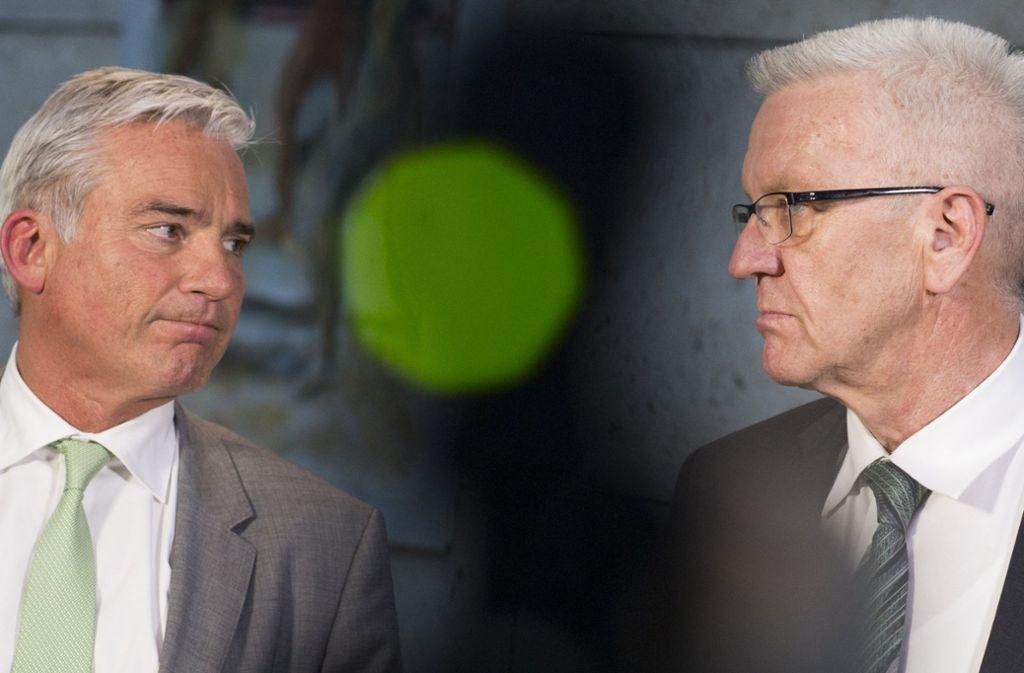 Die Frage sicherer Herkuunftsländer ist ein heikles Thema für Innenminister Thomas Strobl (links) und Ministerpräsident Winfried Kretschmann. Foto: dpa