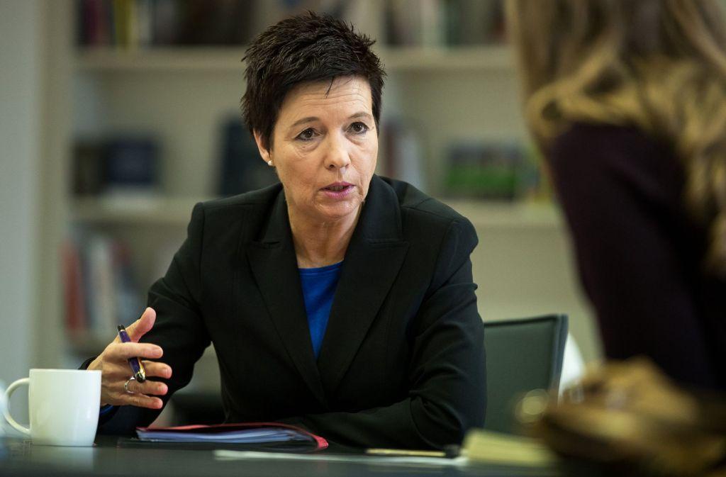 Die künftige Leiterin des Bundesamtes für Migration und Flüchtlinge (BAMF), Jutta Cordt, will die Abläufe in der Behörde weiter verbessern. Foto: dpa