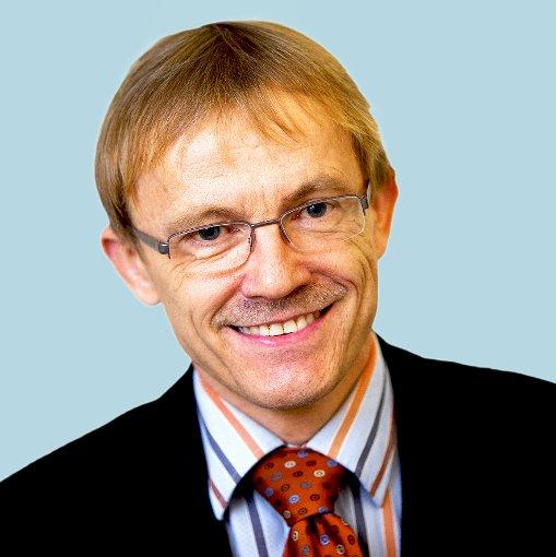 Politik: Michael Trauthig (rau)