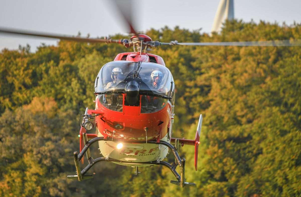 Bei der Suche war auch ein Rettungshubschrauber im Einsatz. (Symbolbild) Foto: imago images/onw-images/Marius Bulling via www.imago-images.de
