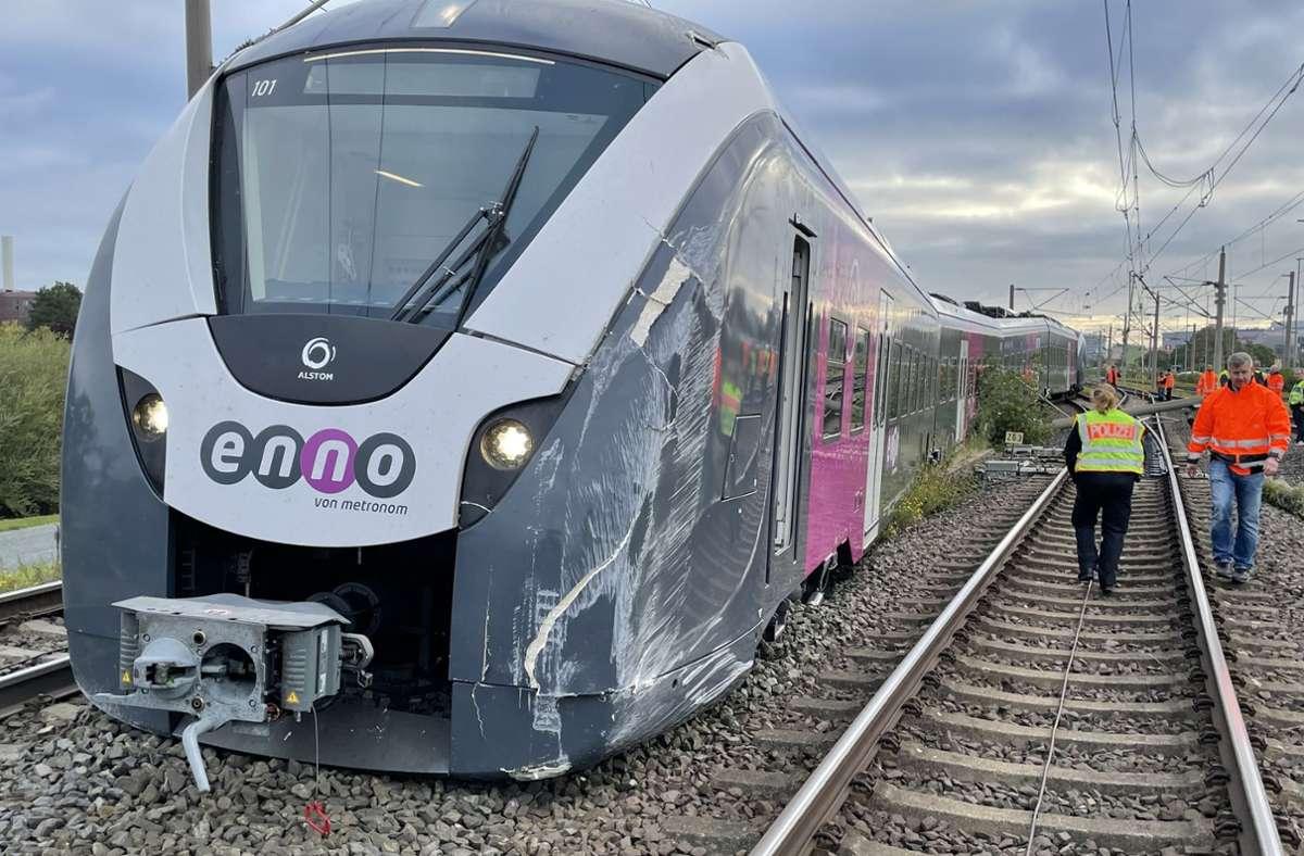 Der Rangierunfall hatte auch Folgen für die Bahnreisenden. Foto: dpa/---