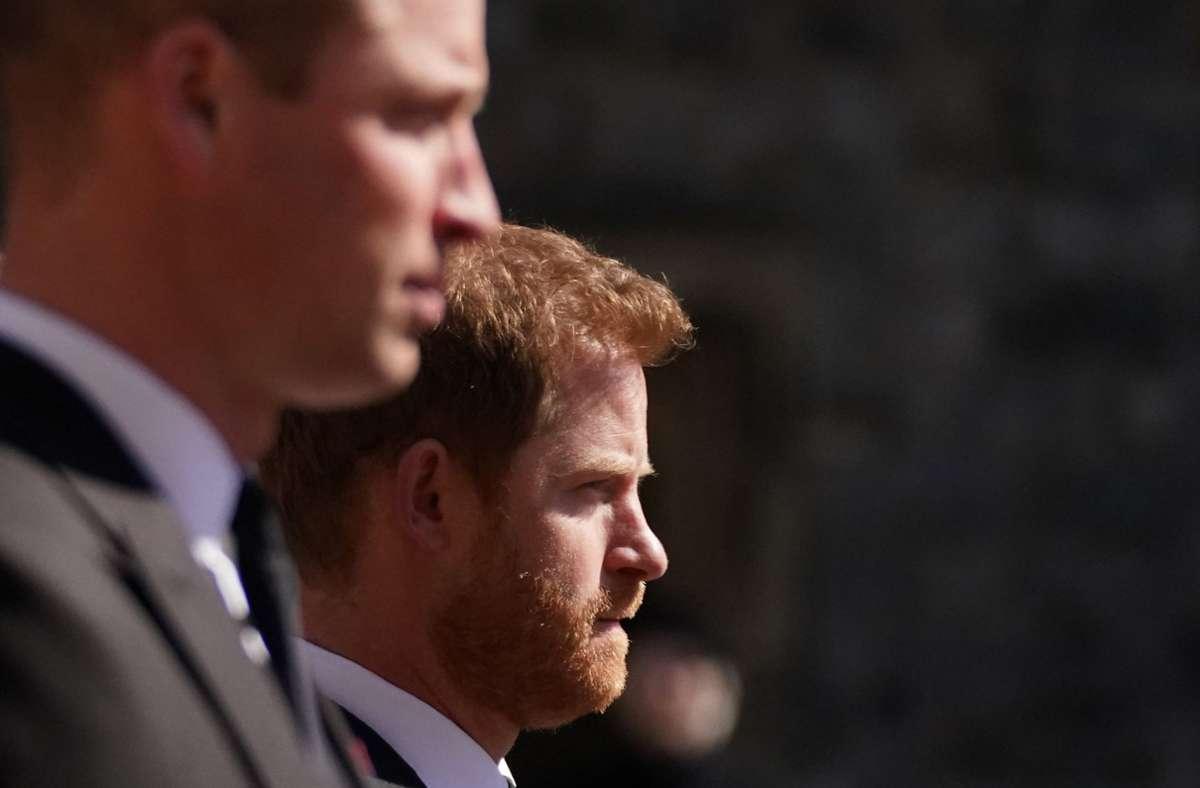 Zwei Brüder, die einiges zu klären haben: Prinz William (vorne) und Prinz Harry. Foto: dpa/Victoria Jones
