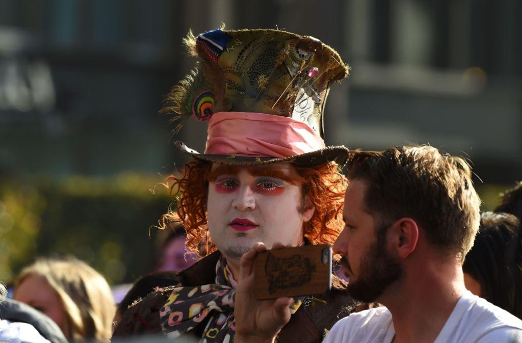 Anne Hathaway Vl Sacha Baron Cohen Pink Johnny Depp Und Mia
